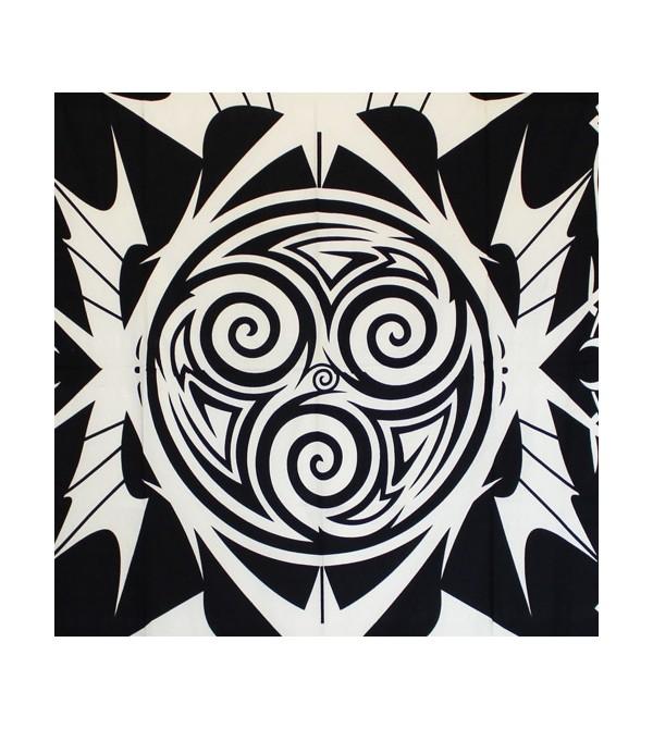 Tenture triskel noir et blanc, acheter pas cher tenture triskel... Découvrez notre collection de tentures murales pas chère...