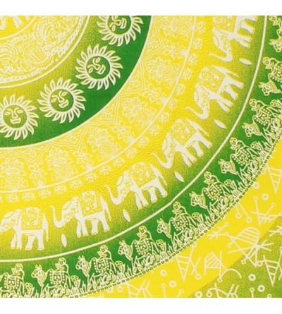 Tenture, acheter tenture pas cher... Découvrez notre collection de tentures murales pas chère...